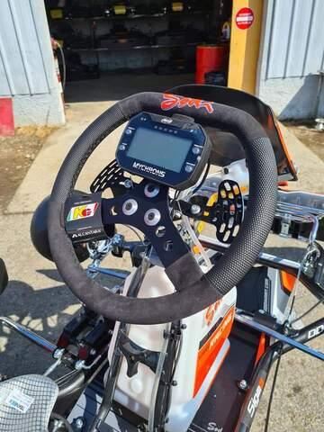 Accès licenciés, préparation, atelier de réparation, vente de matériel karting à Pau